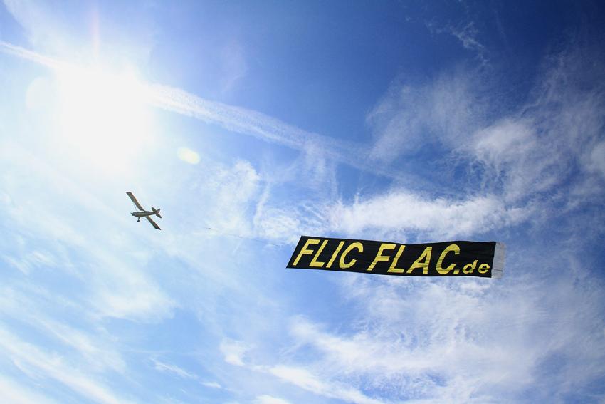 FLUGWERBUNG.de für FlicFlac